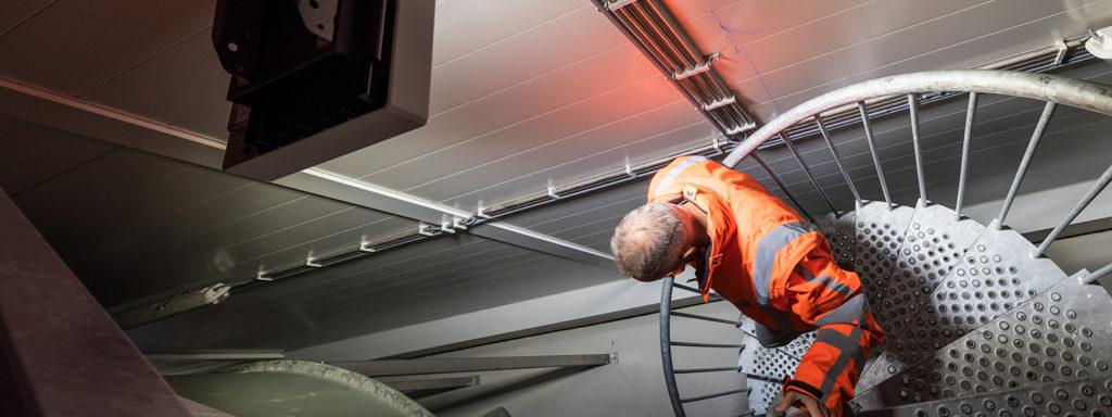 Noodverlichting op trap Grolsch fabriek - Nederland